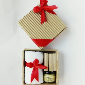 Gift Box with natural soap and body butter